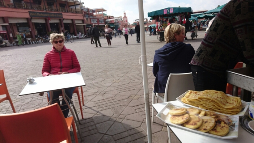 Vi tog varsin Marocko te med pannkaka